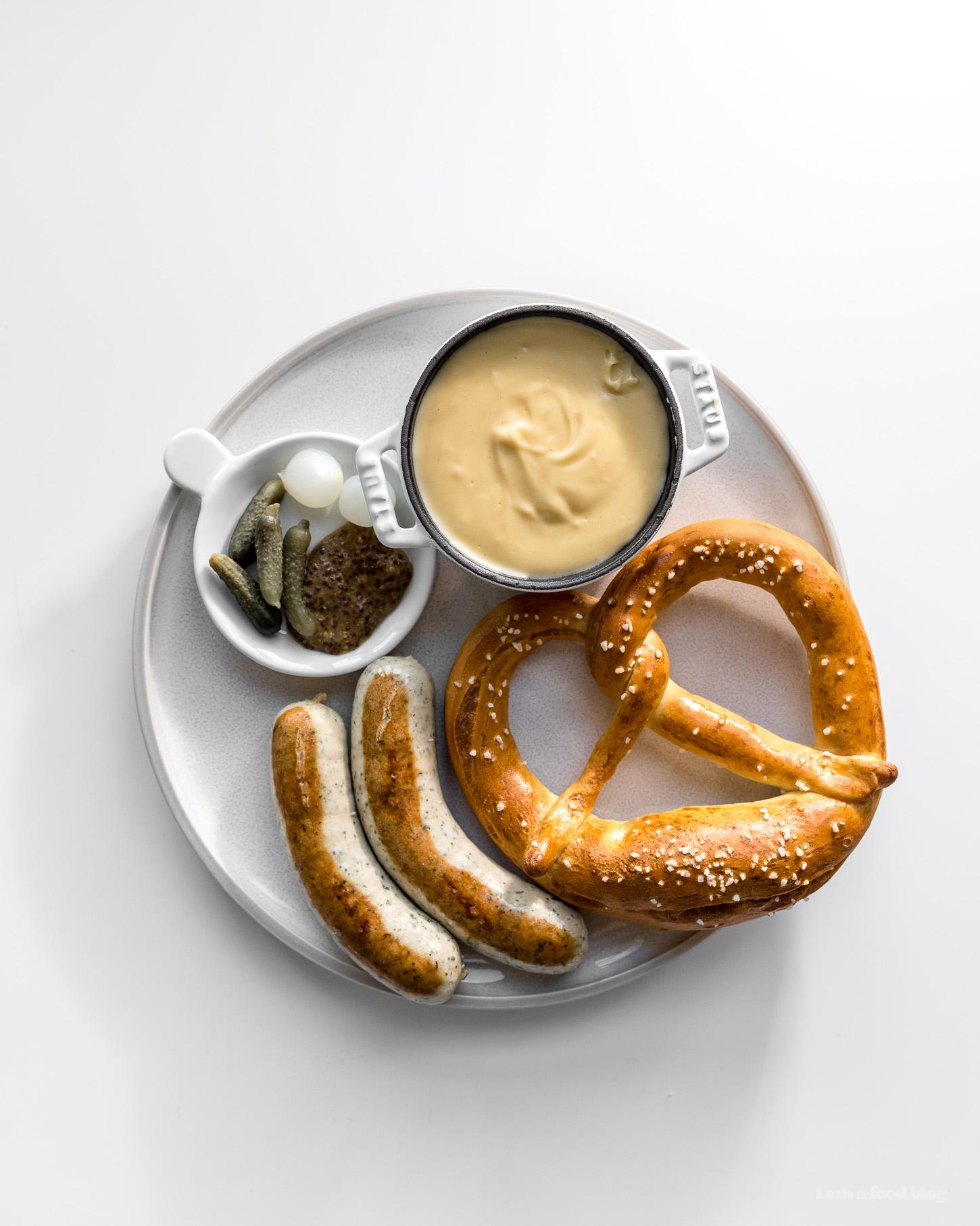Receta tradicional alemana de pretzels suaves - www.iamafoodblog.com