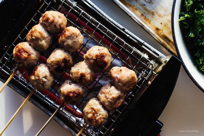Vietnam Nem Nuong / Receta de salchicha de cerdo a la parrilla - www.iamafoodblog.com